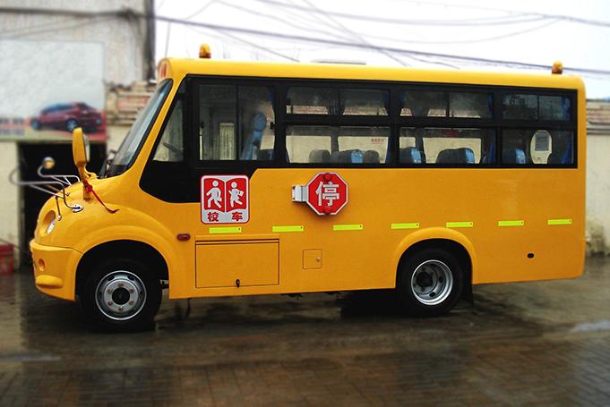 张家港校车